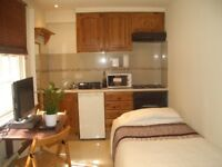 Studio flat available now in Marylebone**Cheap for location
