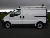 2007 VAUXHALL VIVARO SWB. 1 OWNER.CLEAN.BRILLIANT DRIVE.FSH. BULKHEAD.CD. RECENTLY SERVICED . NO VAT