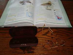 VINTAGE PAIR OF READING SPECTACLES