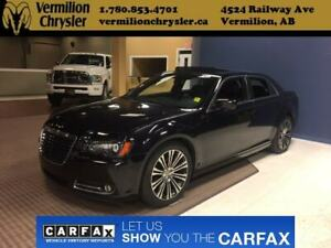 2013 Chrysler 300 S, NAV, Pano Sunroof, Heated Leather