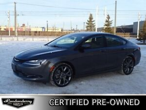 2015 Chrysler 200 AWD S Navigation (GPS),  Leather,  Heated Seat