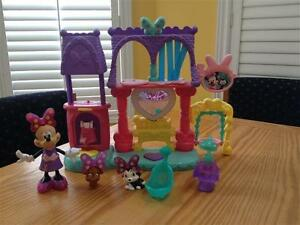 Fisher Price Minnie Mouse dress-up toys