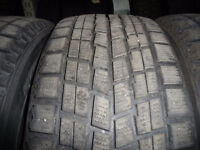 4 pneus d'hiver 225/55/16 Bridgestone Blizzak