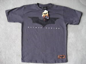 BrandNew Batman TSHIRT Youth S