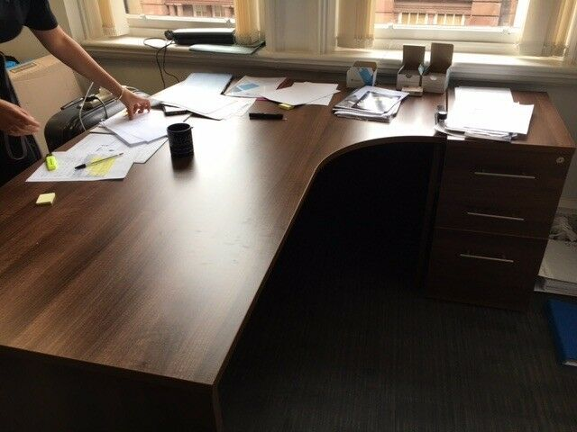 Office Furniture Clearance Quality Walnut Desks Meeting Table