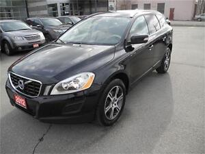 2012 Volvo XC60 T6 s AWD - PANORAMIC ROOF - BLUETOOTH