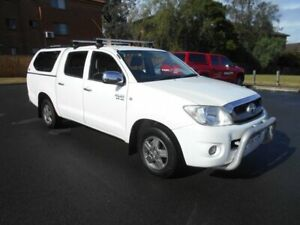 2010 Toyota Hilux GGN15R MY11 Upgrade SR5 White 5 Speed Automatic Dual Cab Pick-up Bankstown Bankstown Area Preview