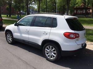 2010 Volkswagen Tiguan Int cuir  Toit Pano VUS 4M