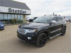 2012 Jeep Grand Cherokee Overland 4x4 LEATHER SEATS!  SUNROOF!