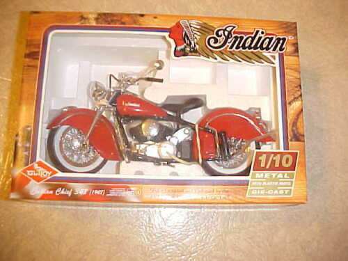 1948 348 INDIAN CHIEF METAL GUILOY 1/10 TWINS MOTORCYCLE