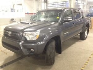 2014 Toyota Tacoma TRD Sport Package V6 4x4 Double-Cab 127.8 in. Edmonton Edmonton Area image 3