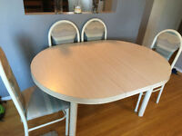 Table with removable Leif, 4 chairs  good condition. Beige