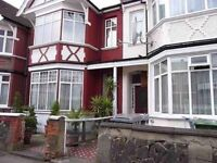 Beautiful 1 bedroom flat with private garden in near Willesden Green