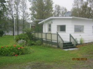 Maison à louer sur le bord de la Rivière Moisie