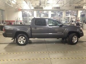 2014 Toyota Tacoma TRD Sport Package V6 4x4 Double-Cab 127.8 in. Edmonton Edmonton Area image 8