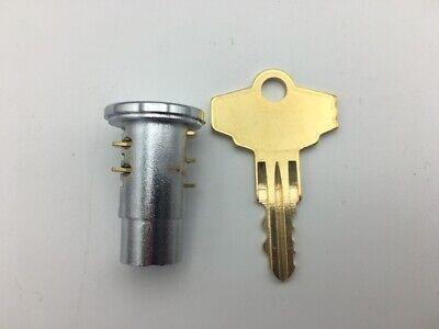 Lock Key Northwestern Super 60 Model 60 Gumball Candy Bulk Vending Machine