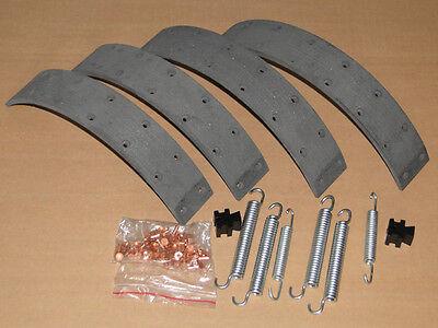 Bremsbeläge + Bremsfeder Fußbremse für Deutz Traktor  mit Ø300x50 Trommel Feder