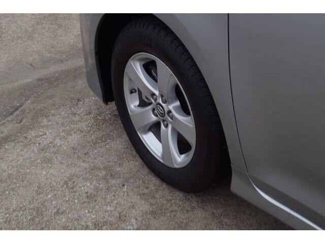 Image 6 Voiture Asiatique d'occasion Toyota Sienna 2020
