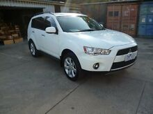2011 Mitsubishi Outlander ZH MY11 XLS White 6 Speed CVT Auto Sequential Wagon Holroyd Parramatta Area Preview