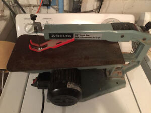 "DELTA SCROLL SAW 15"" VARIABLE SPEEDS"