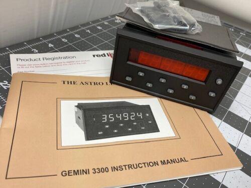 Red Lion Controls GEM33 Digital Batch Counter  ( Brand New ) GEM33160