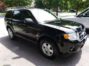 2010 Ford Escape XLT . Loaded , 4X4, Clean  Auto $4850.00 Cert