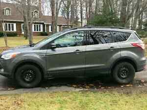 2013 Ford Escape SEL 2.0L EcoBoost w/ tan leather interior