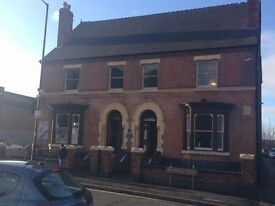 600 Sq Foot furnished office to let near Walsall Town Centre with parking and 24 hour access