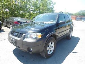 2006 ford escape 4x4 EXTRA CLEAN, new mvi upon sale