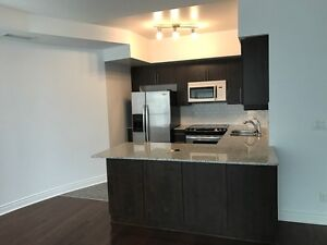 IMMED.,Subway Finch! 2BR+1,3BTH Large ,2 STORY TOWN HOUSE,UOT,YU