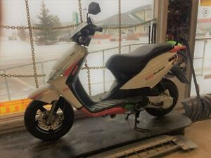 2005 DERBI BULLET 50CC SCOOTER  $1499  ONLY 1100KMS