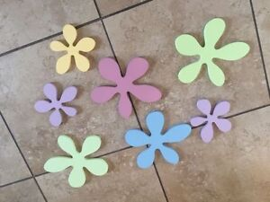 Girls wooden flower wall decor
