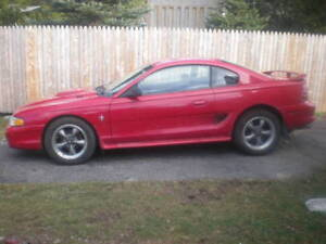 Parting Out 1995 Ford Mustang