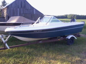 14ft bowrider with 50 hp mint running boat.