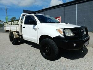 2006 Toyota Hilux KUN26R MY05 SR White 5 Speed Manual Cab Chassis