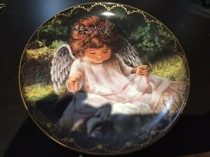 "Beautiful Collector's Plate - ""An Angel's Kindness"", # 3499C"