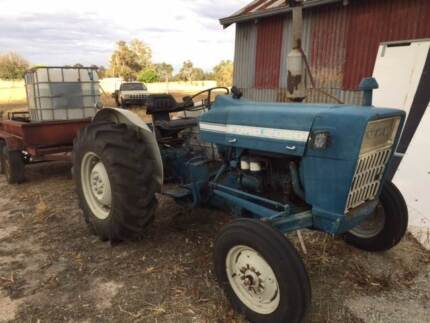 Ford 2000 Tractor and Implements