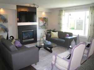 Available October 1, Fully Furnished Executive Rental