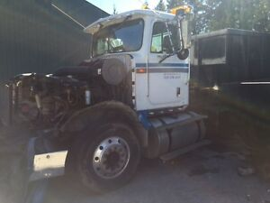 parts truck with Cat 3406 engine