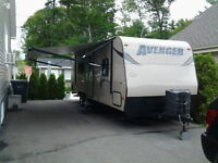 Roulotte de voyage Avenger 221LT condition showroom