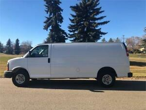 2010 GMC Savana 2500 Cargo Van = CLEAN CAR PROOF