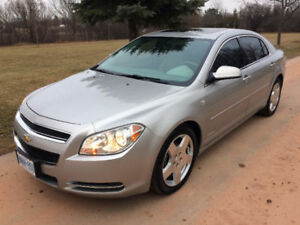 Chevrolet Malibu Platinum Edition 3.6 VVT 6 speed auto low Kms