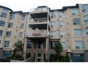 2 bedroom condo located in a quiet high end community in Riverbe