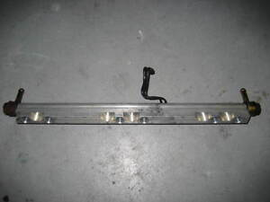 Suzuki-Outboard-DT-150-200-225-Fuel-Pipe-Delivery-Rail-15750-92E04