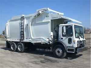 2013 NEWWAY MAMMOTH FRONT LOADING GARBAGE TRUCK