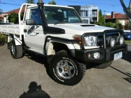 2009 Toyota Landcruiser VDJ79R 09 Upgrade GXL (4x4) White 5 Speed Manual Cab Chassis Roselands Canterbury Area Preview