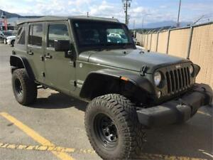 2015 Jeep Wrangler Unlimited Lifted with 35's
