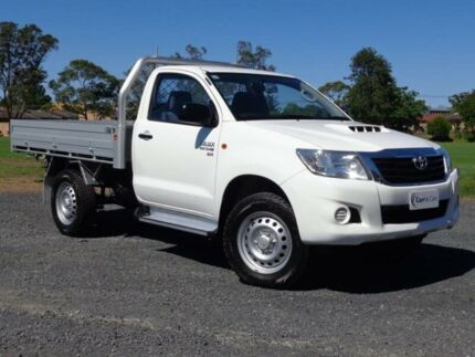 2014 Toyota Hilux KUN26R MY14 SR White 5 Speed Automatic 2D Cab Chassis Erina Gosford Area Preview