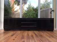 TV Bench High Gloss Black (IKEA)