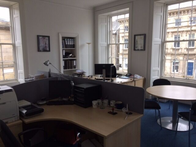 Large Serviced Office to Let in Bernard Street, Leith EH6